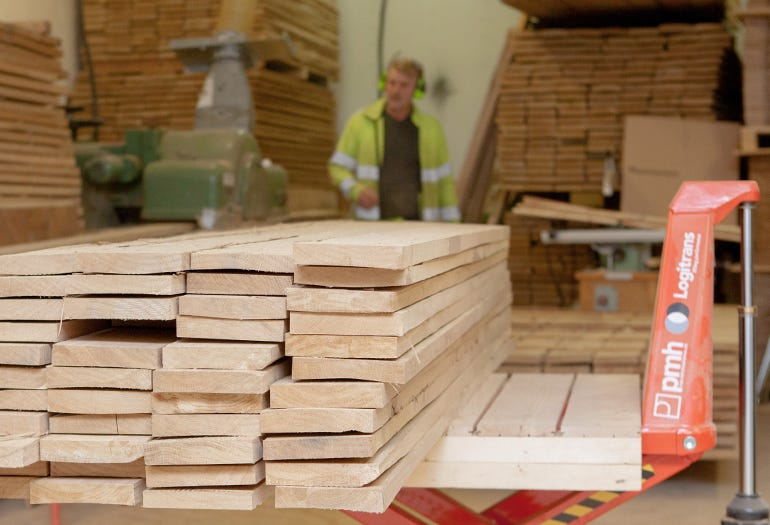 Custom wooden floors crafting process