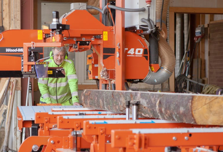 Nils Ohlin operates Wood-Mizer sawmill